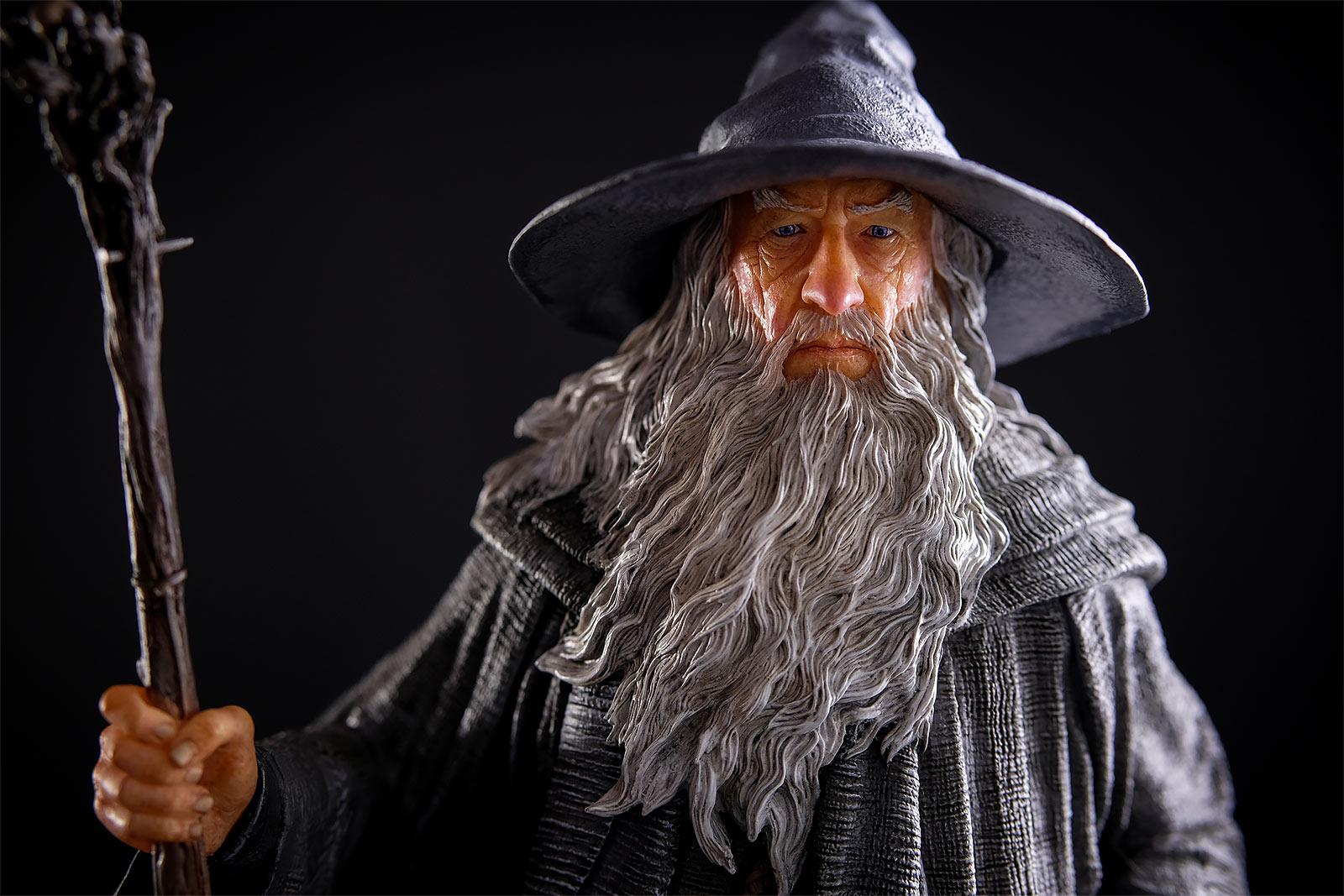 Herr der Ringe - Gandalf der Graue Classic Series Deluxe Figur 35 cm