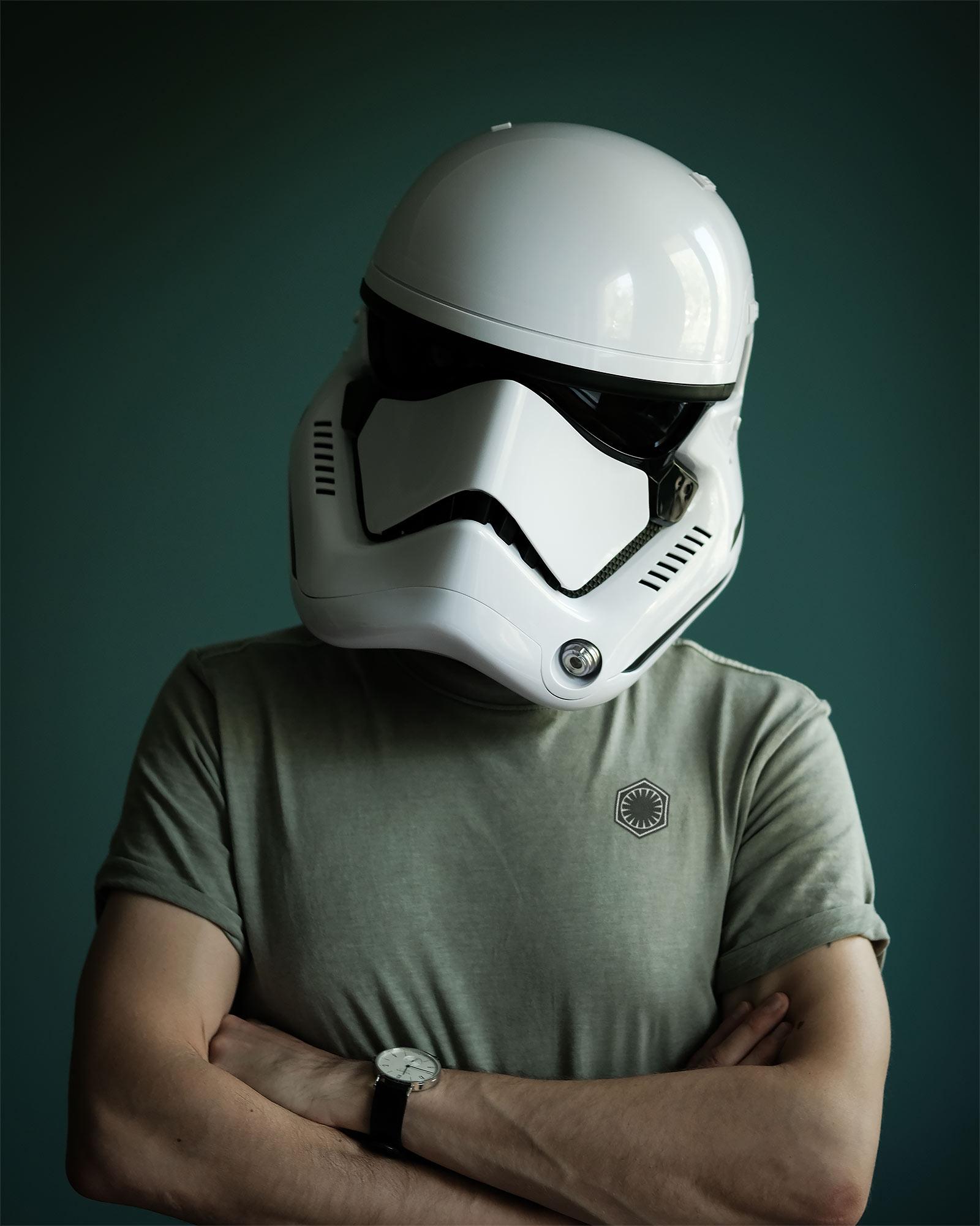 First Order Stormtrooper Helm Replik mit Stimmenverzerrer - Star Wars