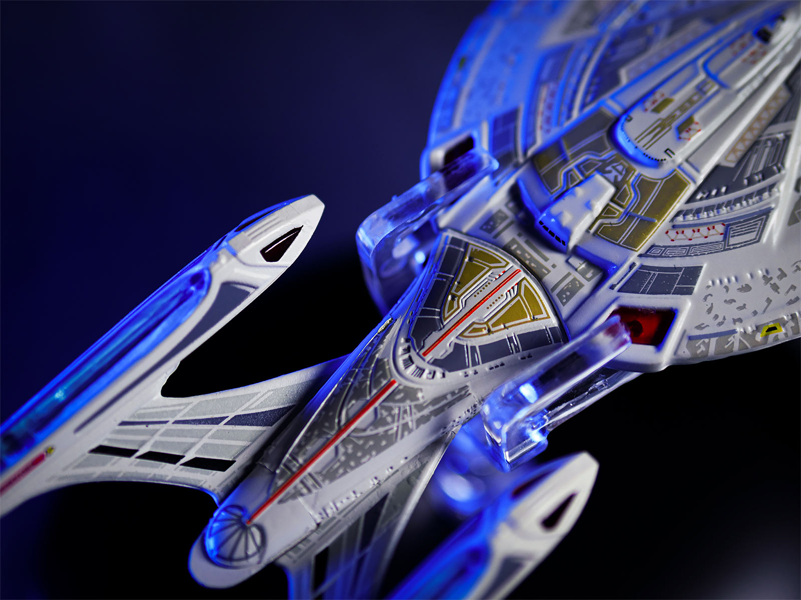 Star Trek - Raumschiff U.S.S. Enterprise NCC-1701-E Hero Collector Figur