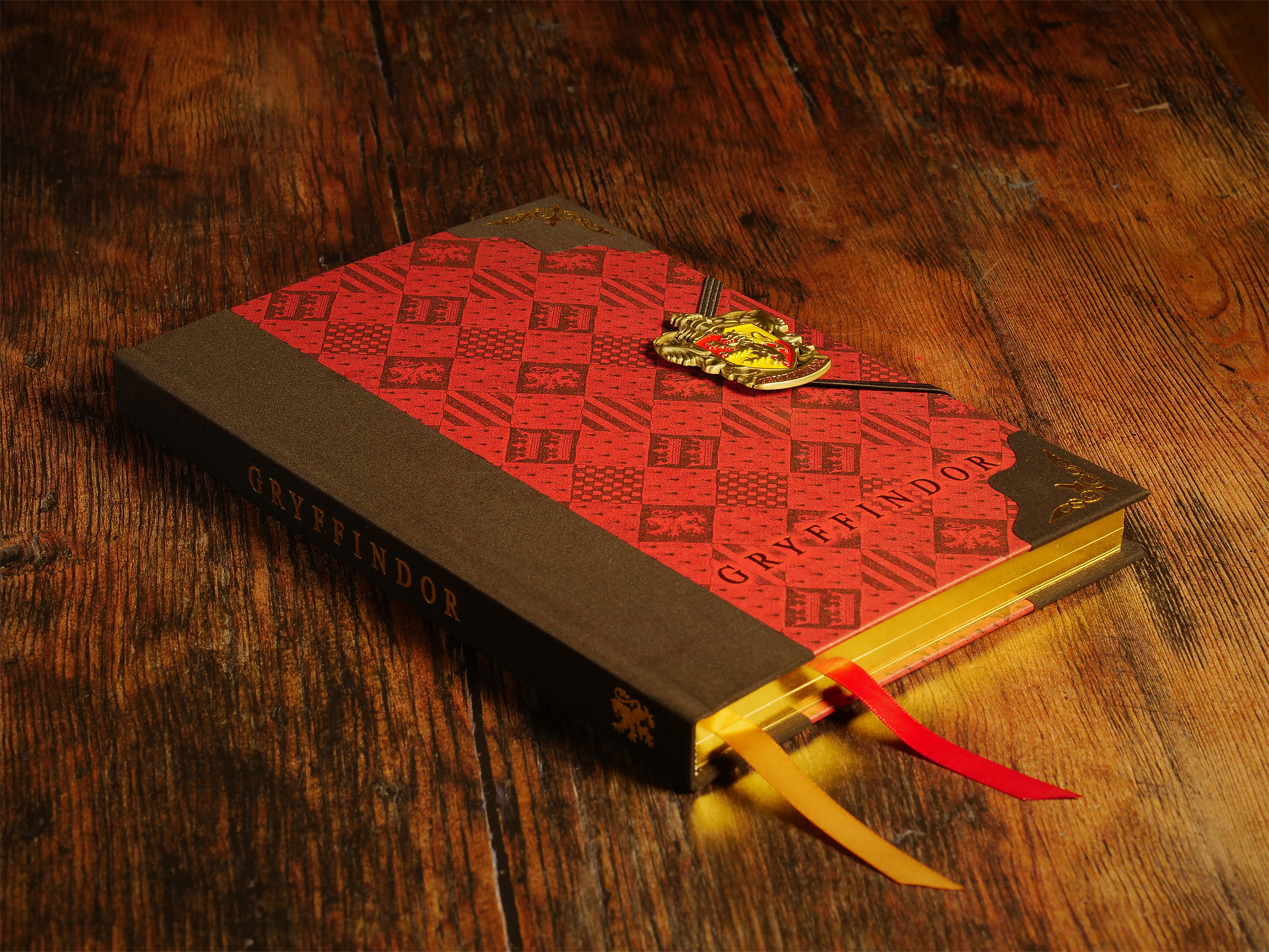 Harry Potter - Gryffindor Wappen Deluxe Notizbuch