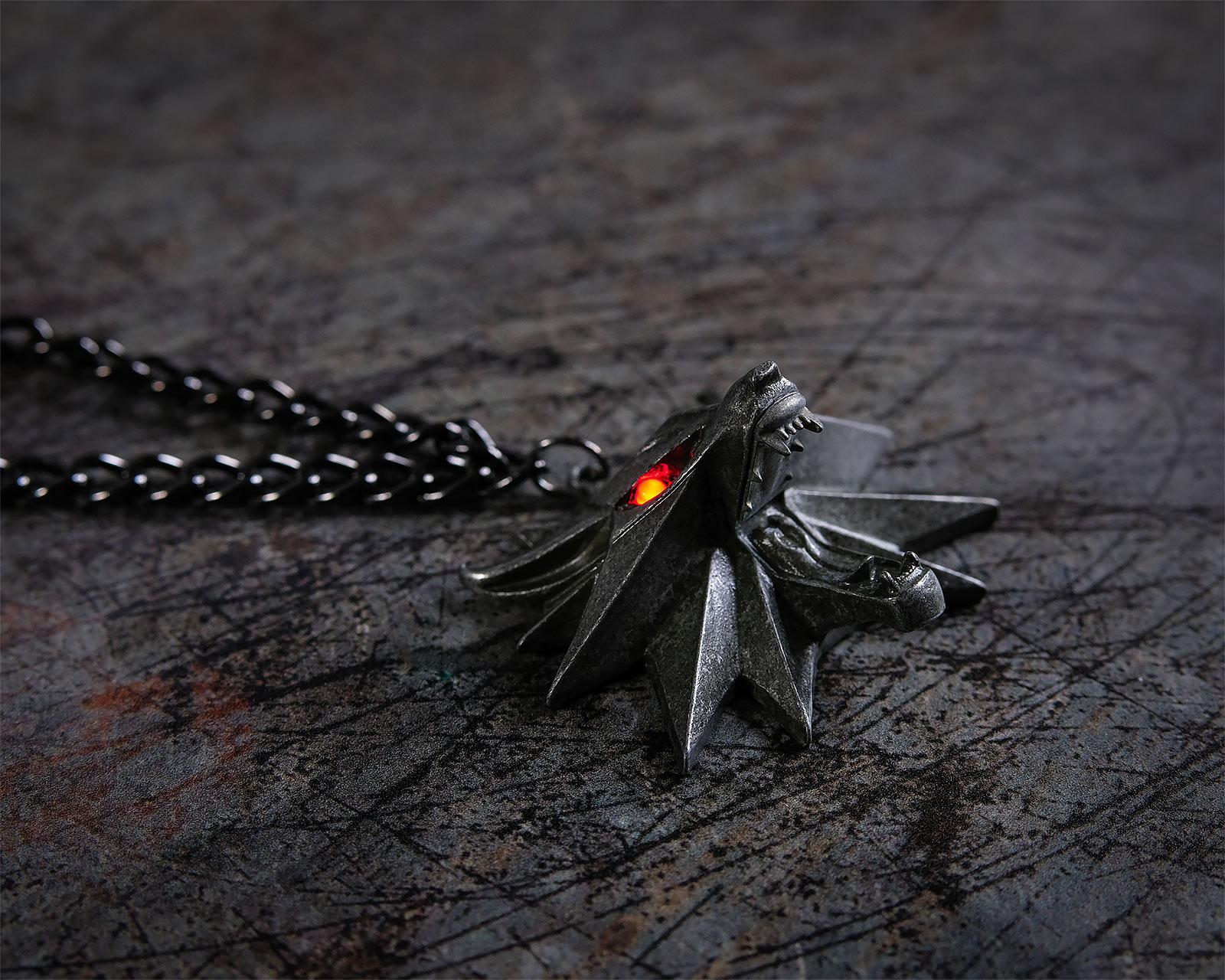 Witcher - Wild Hunt Medaillon mit LED Augen