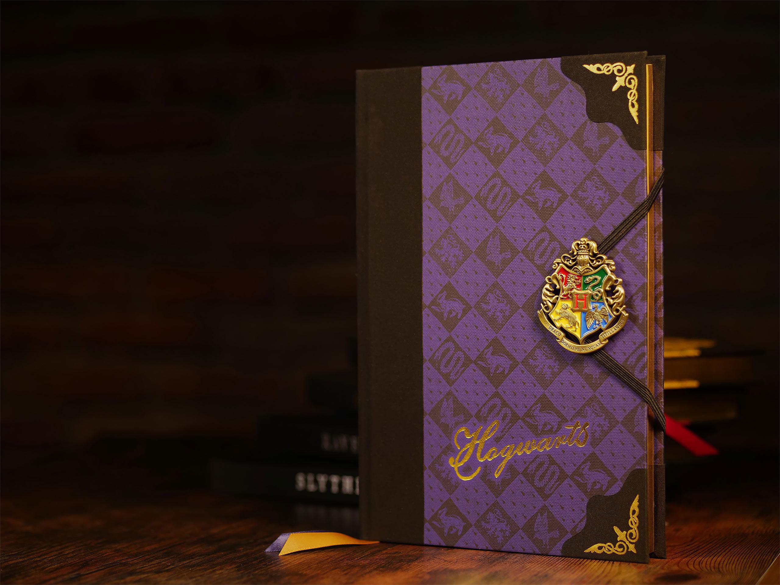 Harry Potter - Hogwarts Wappen Deluxe Notizbuch